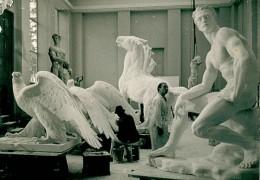 1940-breker-atelier