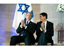 Lew (R) with American-born Israeli Ambassador to the US Michael Oren