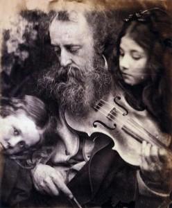 Whisper_of_the_Muse_Julia_Margaret_Cameron_1869