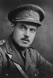 Wyndham_Lewis_photo_by_George_Charles_Beresford,_WWI