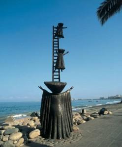 bustamente-malecon-puerto-vallarta