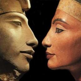 akhenaton-et-nefertiti