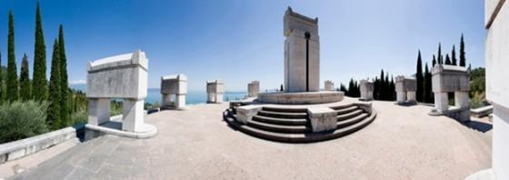 D'Annunzio Tomb2