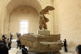 the-winged-victory-of-samothrace-louvre-paris