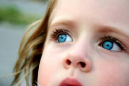 01-blueeyed-child