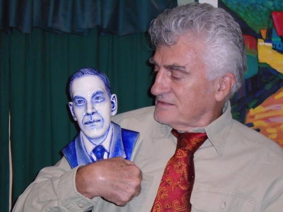 Tito Perdue and prize