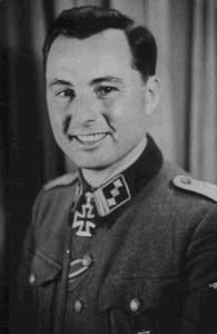 Waffen-SS commander and Volksführer der Wallonen Léon Degrelle