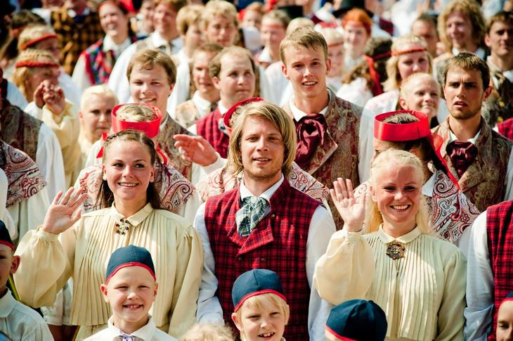 estonians